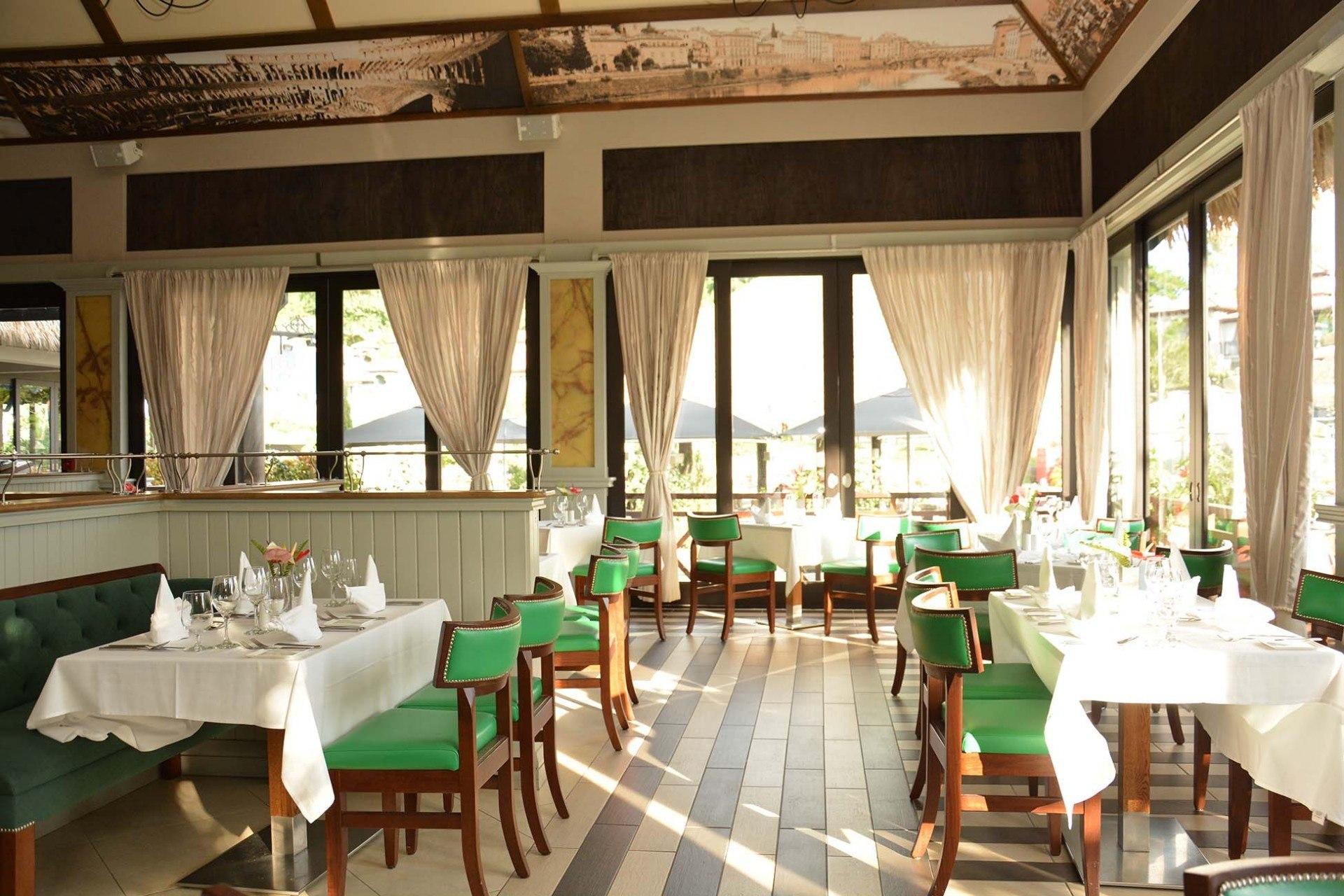 italian restaurant build