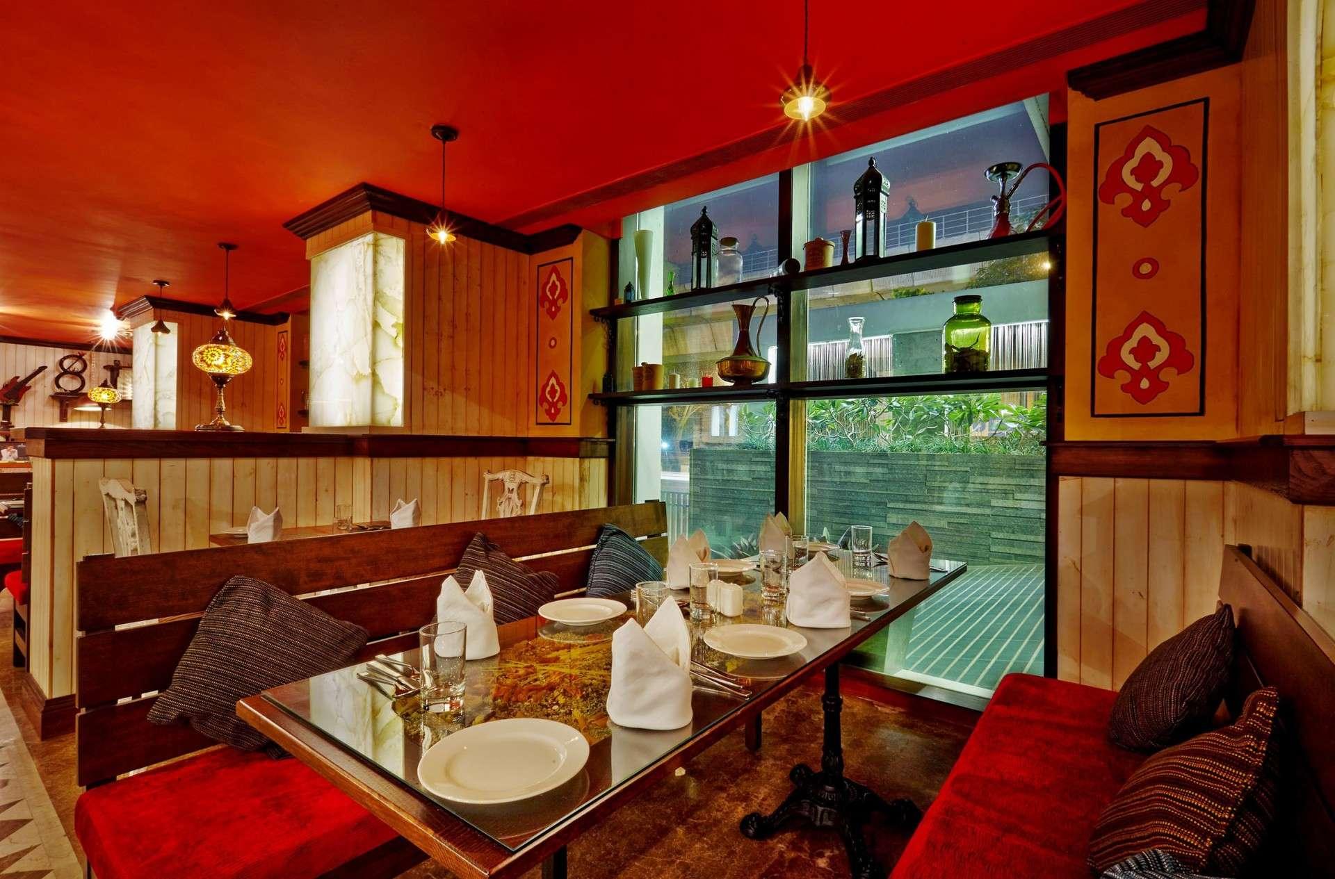 Restaurant interior architect